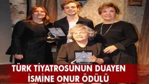 """İki kuşak ödüllendi Nevra Serezli'ye """"Onur Ödülü"""""""