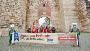 Mehter, Bursa'nın fethi için yürüdü