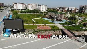 Atatürk Kent Parkı Vatandaşları Çiçeklerle Karşılayacak