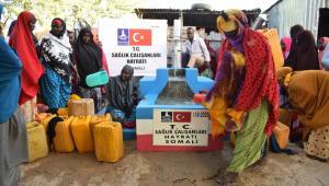 KORONAVİRÜS KAHRAMANLARI SOMALİ'YE DE HAYAT OLUYOR