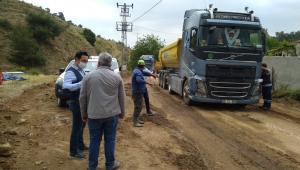 Salihli'de Yol Çalışmaları Sürüyor