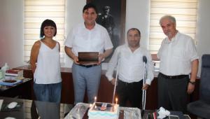 Sakatlar Derneği'nden Başkan Karaca'ya Doğum Günü Sürprizi