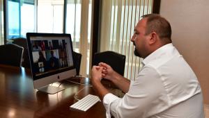 AIESEC'li gençlerle online buluşma