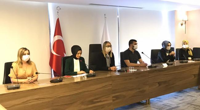 İzmirli AK Kadınlardan Dilipak'a suç duyurusu