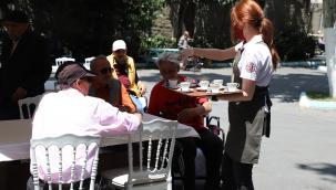Kahve Dünyası'ndan Darülaceze Sakinlerine Bayram Sürprizi