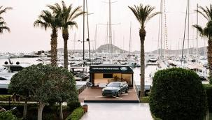 Range Rover Evoque Bodrum Yalıkavak Marina'da Meraklılarıyla Buluşuyor