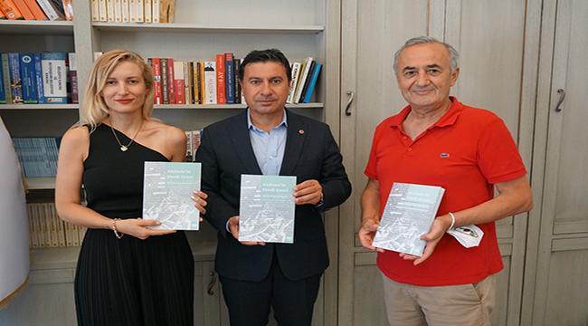 """""""AKDENİZ'İN EBEDİ GENCİ, HALİKARNAS BALIKÇISI"""" OKUYUCUYLA BULUŞUYOR"""